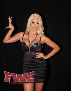 Angelina love tna knockout - 3 8